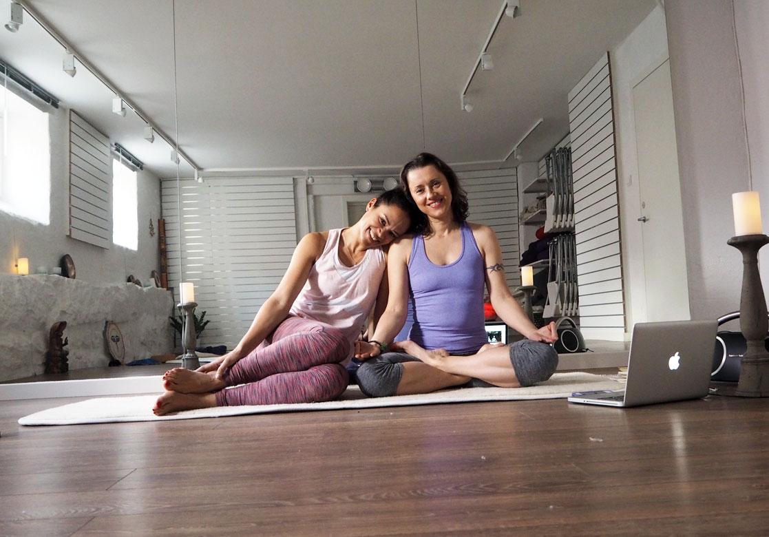 Meditasjon og yoga er sunt for selvfølelsen. Vil du forsøke meditere en måned med meg?